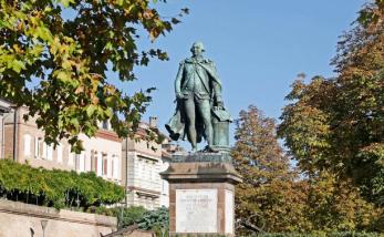 statue Lapérouse.png