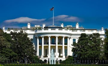 the-white-house-1623005_1920.jpg
